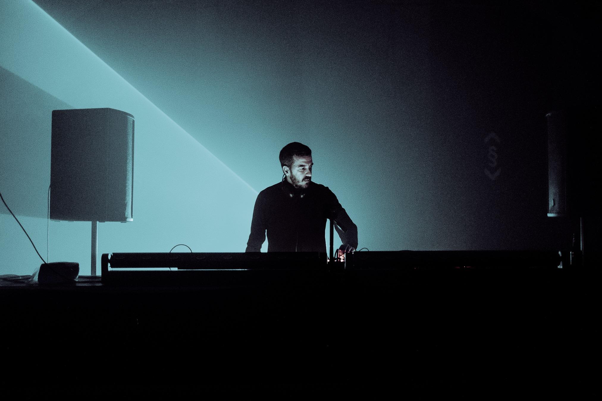 Betomeng & Milan Petković - Music Reactions- 12. Okt - Feedback